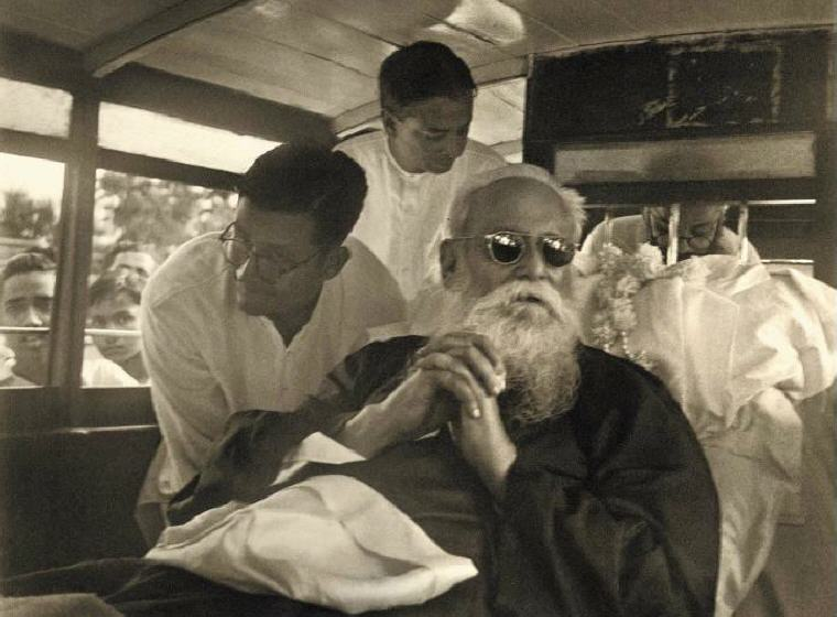 One of the last few pictures of RabindranathTagore, Photo credit: Wikipedia