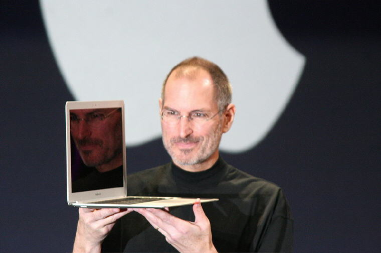 Steve Jobs with MacBook Air, Photo credit: Wikipedia